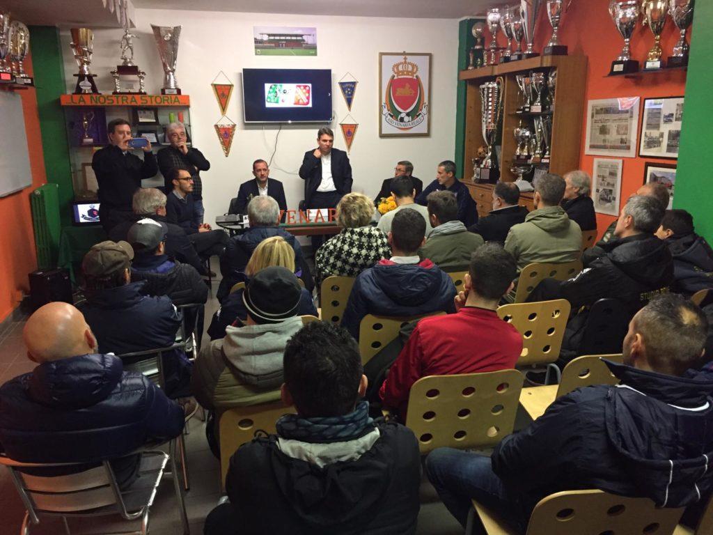 """TORNEI – Grande platea per la conferenza stampa di presentazione del XIV """"Calcio&Coriandoli"""""""